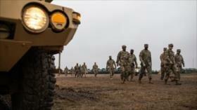 Informe: Trump ordena militarizar más la frontera con México