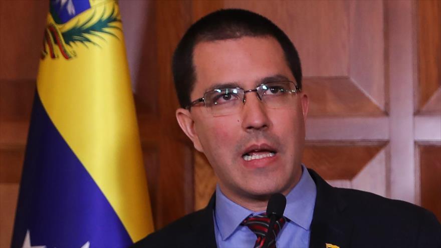 El canciller de Venezuela, Jorge Arreaza, en conferencia de prensa en Ankara, Turquía, 1 de abril de 2019. (Fuente: AFP)