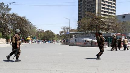 Terroristas suicidas atacan Ministerio de Comunicaciones de Kabul