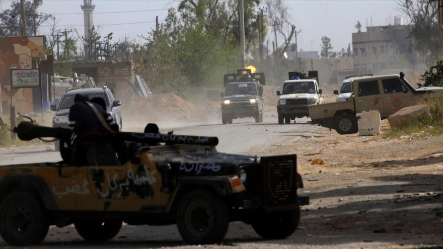 Fuerzas de Trípoli se lanzan al contraataque del mariscal Haftar