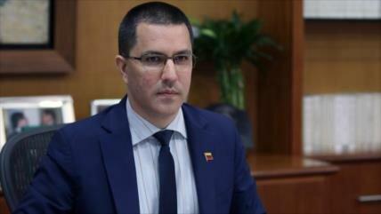 'Venezuela cooperará con Rusia como ingresó Colombia a la OTAN'