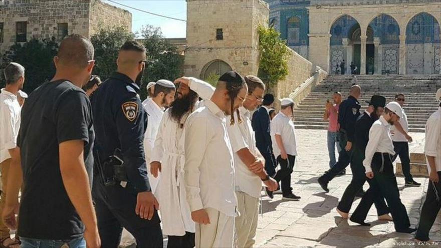Unos 170 colonos israelíes irrumpen en la Mezquita Al-Aqsa