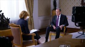 "Lavrov: a Guaidó ""se le pegó el mal ejemplo de Poroshenko"""