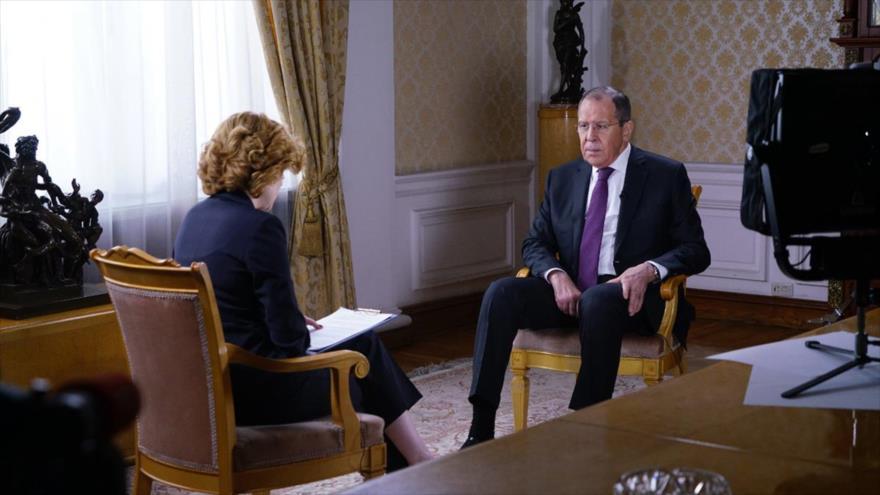El ministro de Exteriores de Rusia, Serguéi Lavrov, en una entrevista con la cadena Zvezda, 21 de abril de 2019.