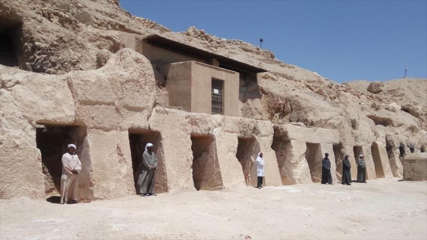 Nuevo hallazgo de Luxor: La mayor tumba faraónica de 18 puertas