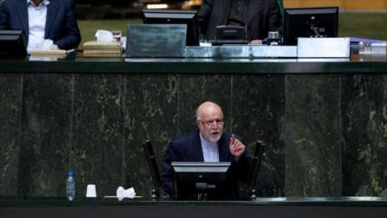 'Nunca se cumplirá sueño de EEUU de cesar la venta de crudo iraní'