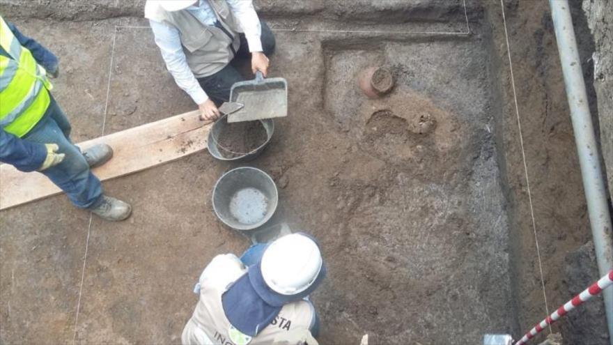 Arqueólogos hallan tumba de un adolescente indígena de 2000 años en el valle del Cauca, Colombia.