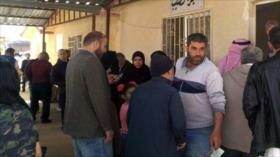 Nuevo grupo de refugiados sirios vuelve a su país desde Jordania