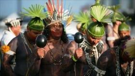 Indígenas protestan en Brasilia contra Jair Bolsonaro