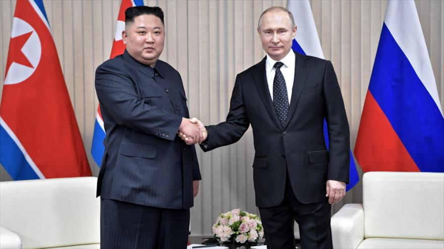 Putin y Kim Jong-un se reúnen por primera vez en Rusia