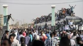 Irán llama a sudaneses a una transición pacífica del poder