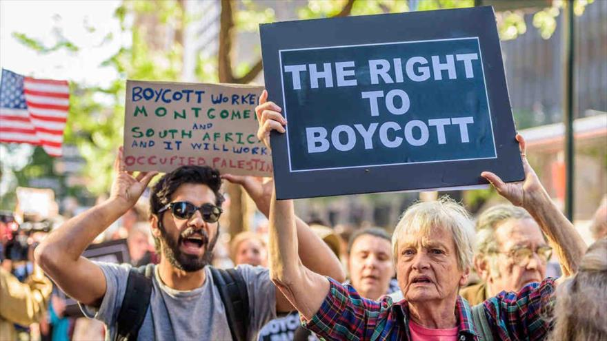 Los estadounidenses protestan contra políticas del régimen de Tel Aviv.