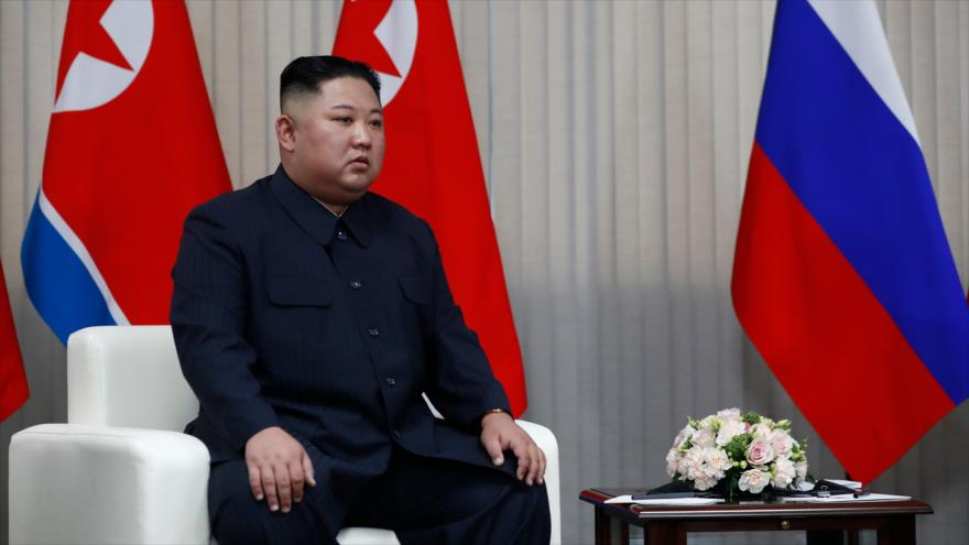 Líder norcoreano, Kim Jong-un, se reúne con el presidente ruso, Vladimir Putin, Vladivotok, 26 de abril de 2019. (Foto: AFP)