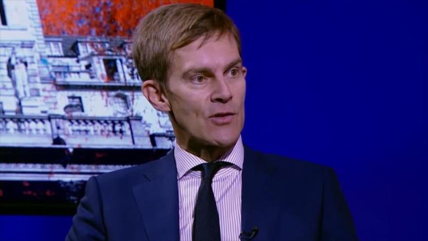 Seumas Milne, el director de la oficina de comunicaciones y estrategia del líder opositor británico Jeremy Corbyn.