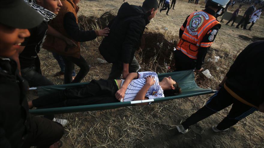 Soldados israelíes hieren a 60 gazatíes, entre ellos 15 niños