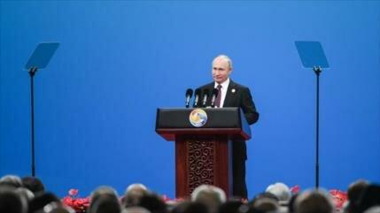Putin evalúa conceder nacionalidad rusa a todos los ucranianos