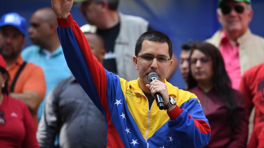 Arreaza condena medidas 'criminales' de EEUU contra Venezuela