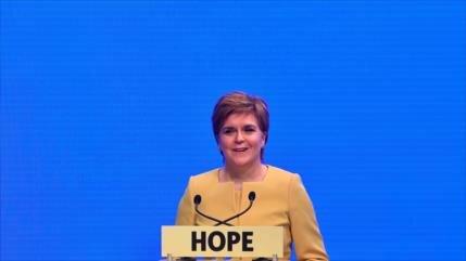 Sturgeon: Escocia necesita un futuro independiente si hay Brexit