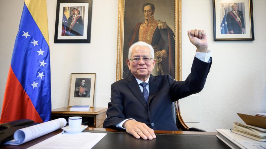 El representante venezolano ante la ONU, Jorge Valero, en una entrevista con AFP, 16 de abril de 2019.