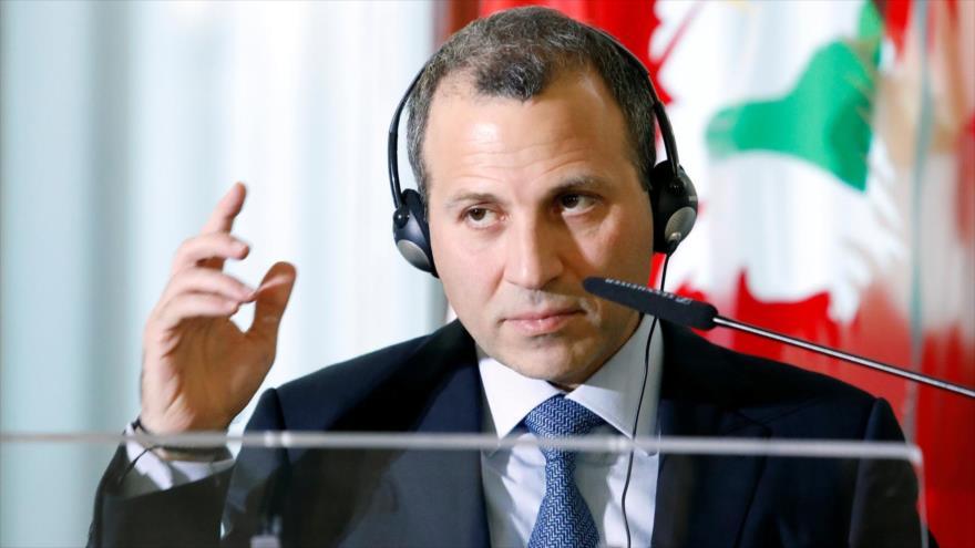 El ministro de Exteriores de ElLíbano, YebranBasil, comparece ante la prensa en Beirut, la capital.