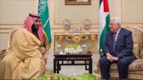 Riad quiso sobornar a Abás para que aceptase 'acuerdo del siglo'