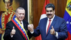 Erdogan apoya a Maduro y denuncia conato golpista de Guaidó