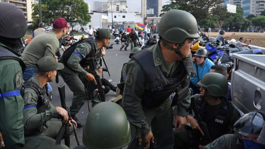 Defensa venezolana: Al menos 5 militares resultan heridos de bala | HISPANTV