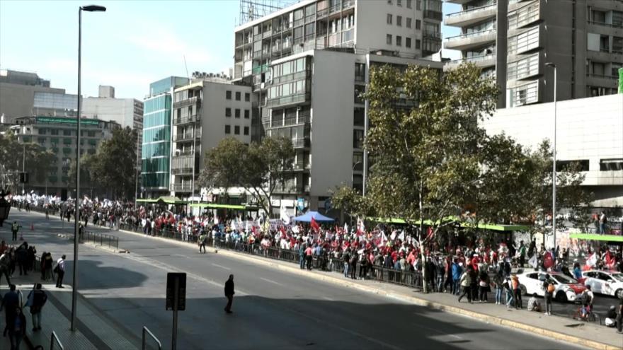 Desempleo y precariedad laboral dominan el 1 de mayo en Chile