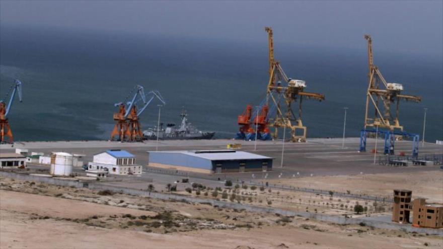 Proyecto en construcción para conectar la importante provincia de Xinjiang, en el noroeste de China, con el puerto paquistaní de Gwadar.