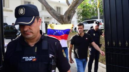 Caracas: Leopoldo López usa embajada de España como base golpista