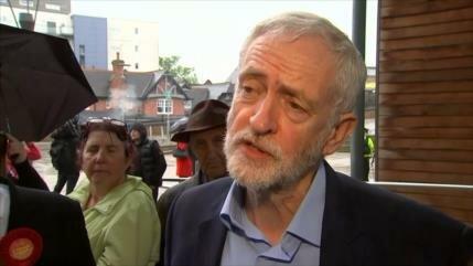 Los principales partidos británicos sufren gran revés en comicios