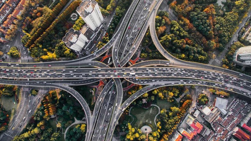 El BID pide duplicar la inversión en infraestructuras en América Latina.