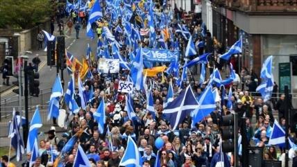 Glasgow se echa a la calle para independizarse del Reino Unido