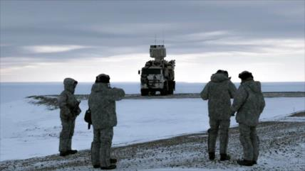 'EEUU, Rusia y China rivalizan por el control del Ártico'