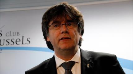 """Supremo español: Puigdemont """"tiene derecho"""" a optar a Eurocámara"""