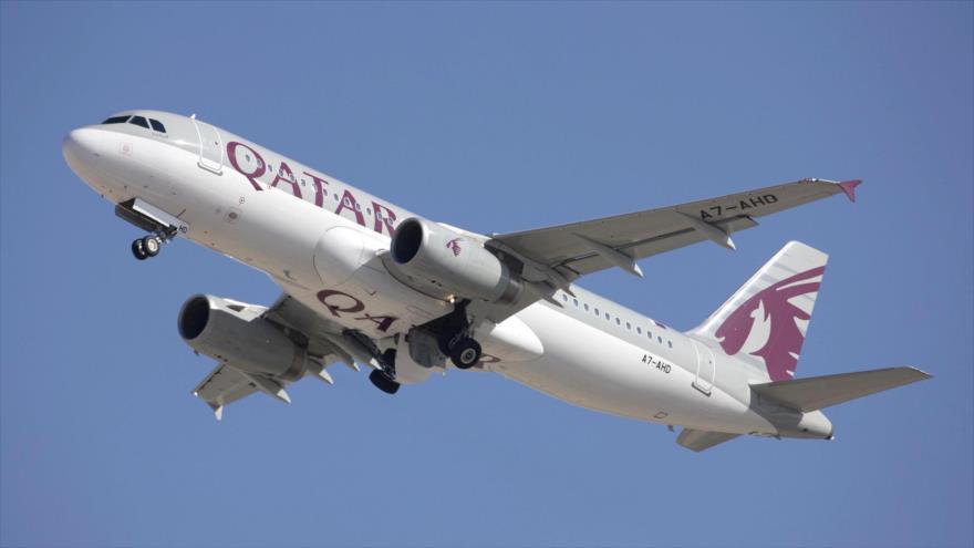 Siria desafía a Arabia Saudí y abre su espacio aéreo a Catar | HISPANTV