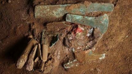 Hallan una tumba de 1200 años en Perú que pertenecía a un herrero