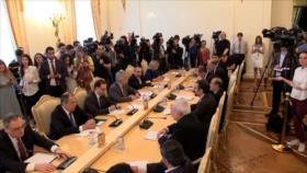 Irán y Rusia condenan incumplimiento de EEUU del acuerdo nuclear