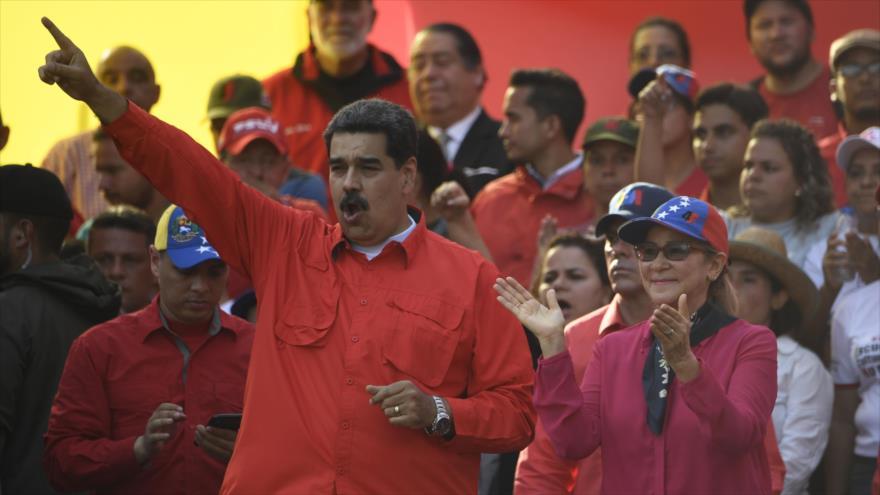 Maduro asegura que su país se está liberando del dólar de EEUU | HISPANTV