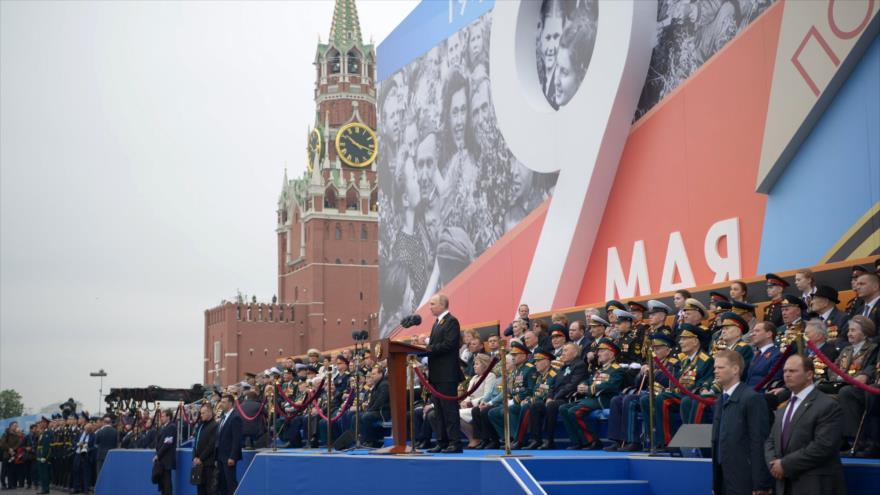 El presidente de Rusia, Vladímir Putin, ofrece discurso durante el gran desfile del 'Día de la Victoria', en Moscú, 9 de mayo de 2019. (Foto: AFP)