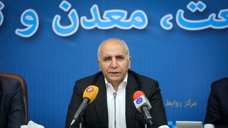 El viceministro de Industria, Minas y Comercio de Irán, Jafar Sarqini, durante una entrevista en Teherán (capital persa). (Foto: Moj News).