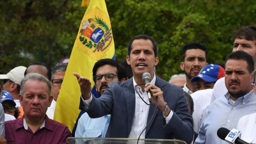 """Guaidó urge a su """"embajador"""" en EEUU a reunirse con el Comando Sur"""