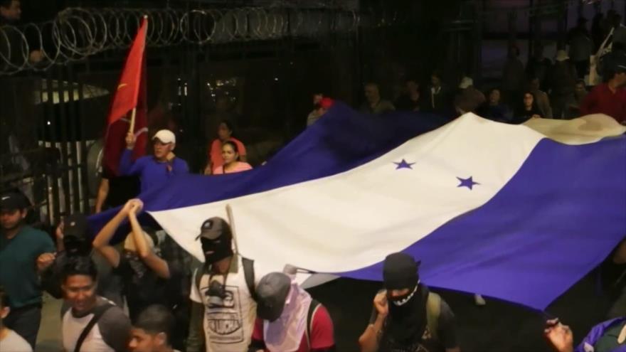 Hondureños alertan sobre posible nueva reelección de Hernández
