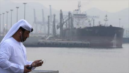 Irán califica de conspiración los ataques a buques en los Emiratos