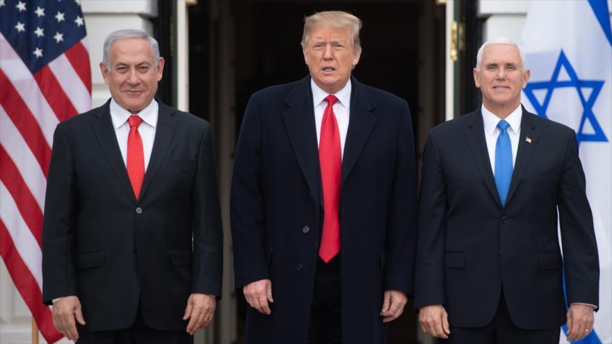 El presidente Donald Trump y el vicepresidente, Mike Pence (dcha.), reciben al premier israelí, Benjamín Netanyahu, 25 de marzo de 2019. (Foto: AFP)