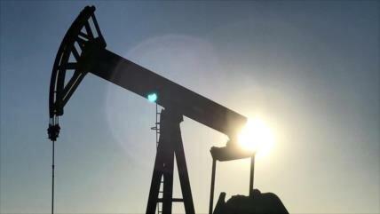 Sube el precio del petróleo Brent tras incidente en Al-Fuyaira