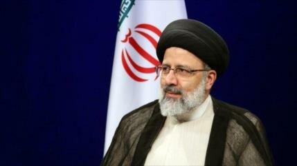 'Irán nunca se rendirá ante guerra económica del enemigo'