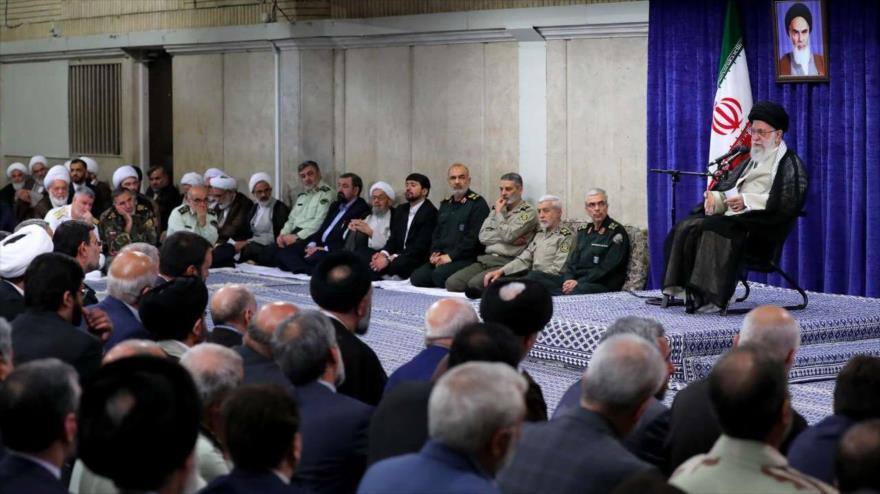 El Líder de Irán, el ayatolá Seyed Ali Jamenei, durante un encuentro en Teherán, 14 de mayo de 2019. (Fuente: IRNA)
