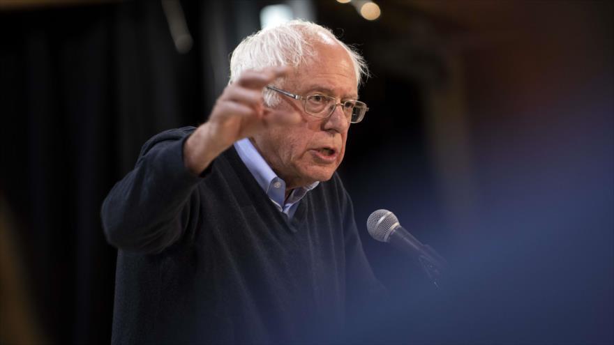 El senador estadounidense Bernie Sanders ofrece un discurso en la ciudad de Fort Dodge (EE.UU.), 4 de mayo de 2019. (Foto: AFP)