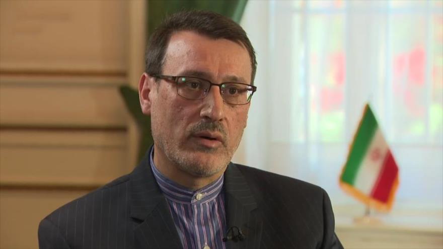 El embajador iraní en el Reino Unido, Hamid Baidineyad, habla con Sky News, en Londres, capital británica, 14 de mayo de 2019.